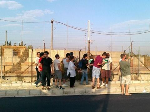 Sumud-Delegation visiting the palestinian border