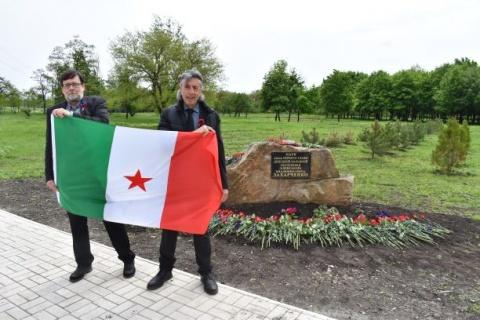 Kurt Luttenberger, Arbeiterkammerat KPÖ, mit Fabio Frati, Streikführer bei Alitalia
