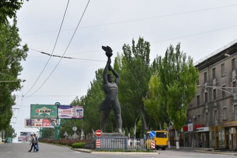 Lugansk with its countless real-socialists monuments
