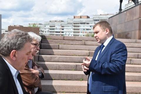 Alexej Albu (r), exiled leftist activist from Odessa