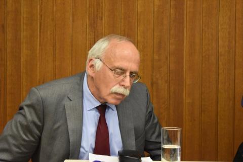 Lennart Binder, Menschenrechtsanwalt: Terrorparagraph ist Werkzeug der Krake BVT, die auf dem rechten Auge blind ist