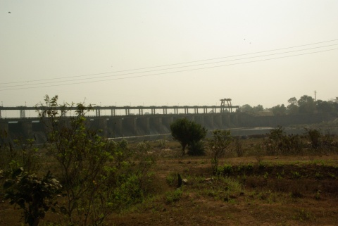 Irrigation dam: holding no titles Adivasis get displaced from upgraded land.