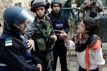 Hanin Zoabi, wie ihr Zugang zur Al-Aqsa verwehrt wird