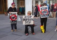 Protestkundgebung der Frauen in Schwarz 7.9.13. Wien